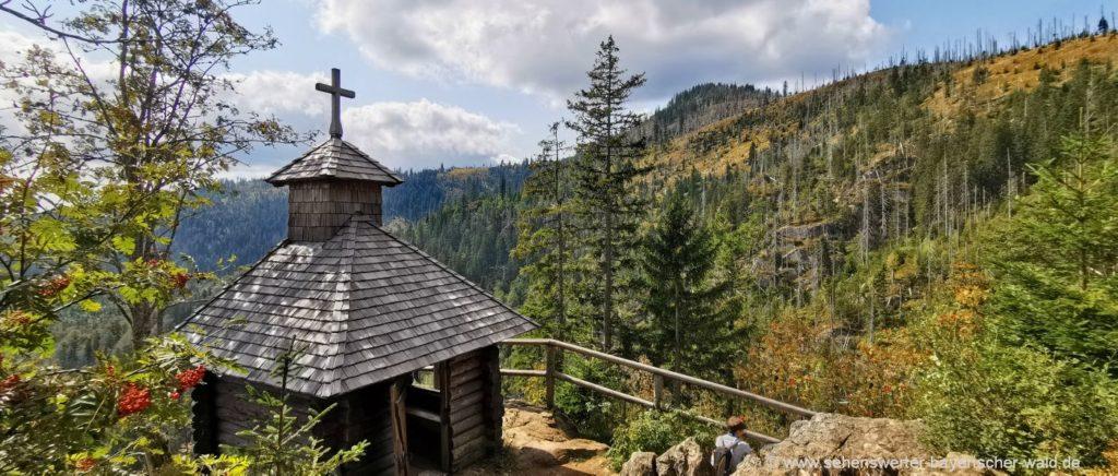 Wo ist es am schönsten im Bayerischen Wald? Bei der Rachel Kapelle