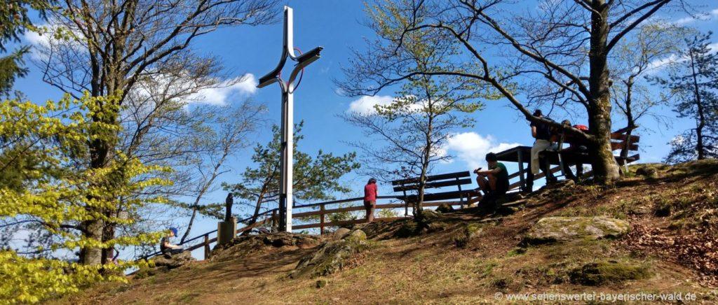 ränkam-rundwanderweg-kirschbaumriegel-gipfelkreuz