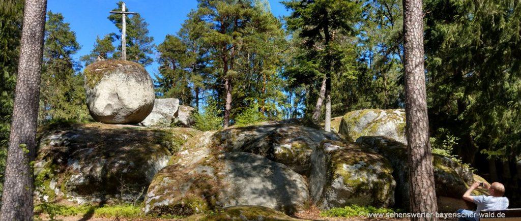 Wanderung zum Pfaffenstein ReichenbachWandern ab Wald Felsenformation Oberpfalz