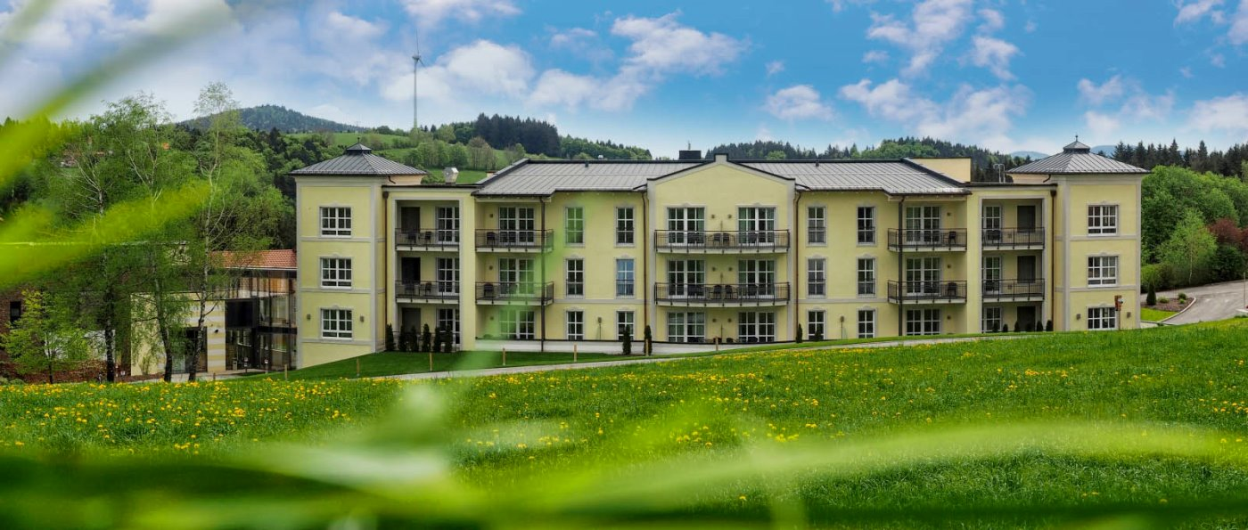 Suite mit Whirl Pool in Bayern Hotel Private Spa im Zimmer