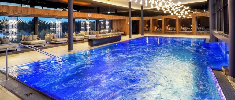 reischlhof-passau-tageswellnesshotel-wegscheid-wellnesstag-pool