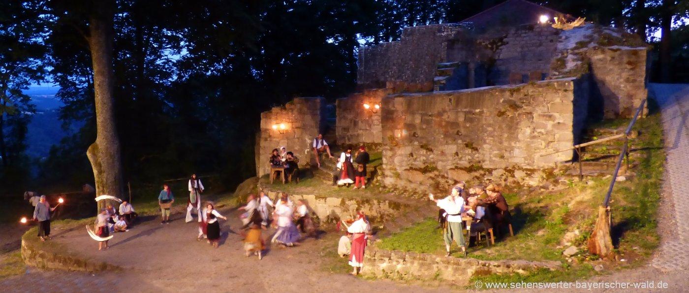 Festspiel auf der Burgruine bei Rötz Schwarzenburg