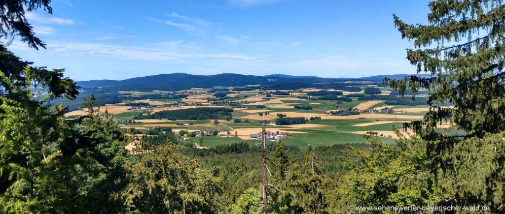 Rötz Schwarzwihrberg Rundweg mit Aussichtspunkt Steinerne Mauer