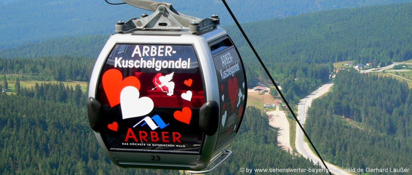 romantikausflugsziele-bayerischer-wald-romantische-sehenswuerdigkeiten-arber-kuschelgondel