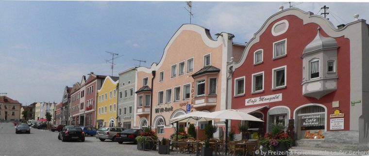 Sehenswürdigkeiten in Rotthalmünster historischer Marktplatz