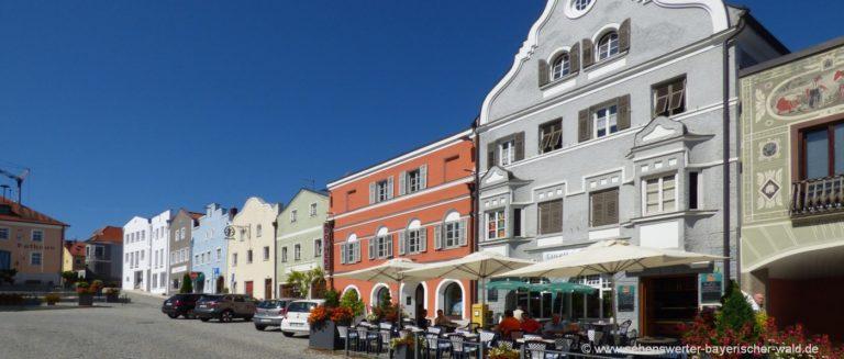 rotthalmünster-sehenswürdigkeiten-marktplatz-niederbayern