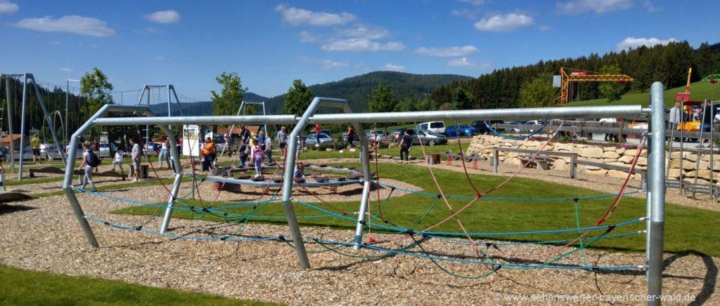 Kinderpark in Sankt Englmar mit Ninja Warrior Parcours in Niederbayern