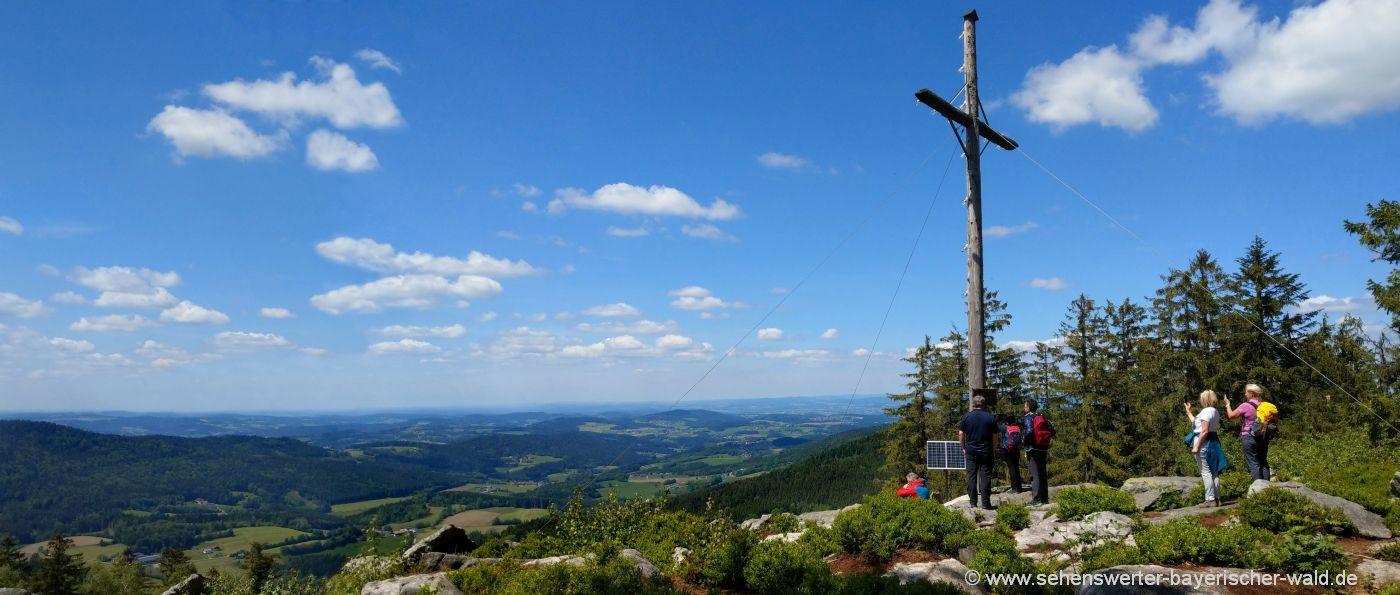sankt-englmar-käsplatte-bergwandern-niederbayern-aussichtspunkt
