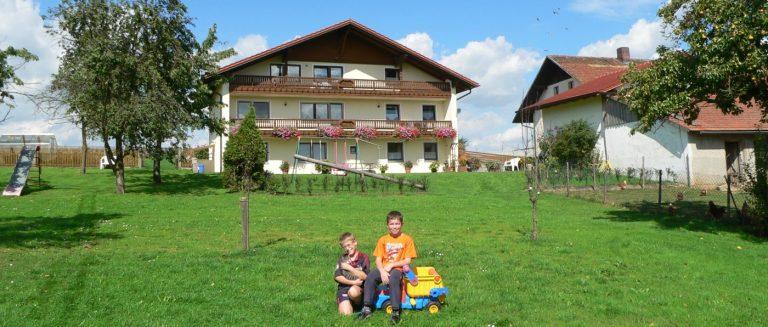 schambeck-walderbach-bauernhof-angelurlaub-oberpfalz-ferienhaus