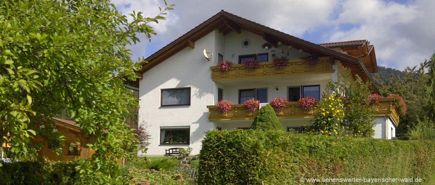 schamberger-hohenwarth-ferienwohnung-hoher-bogen-berg-ferienhaus