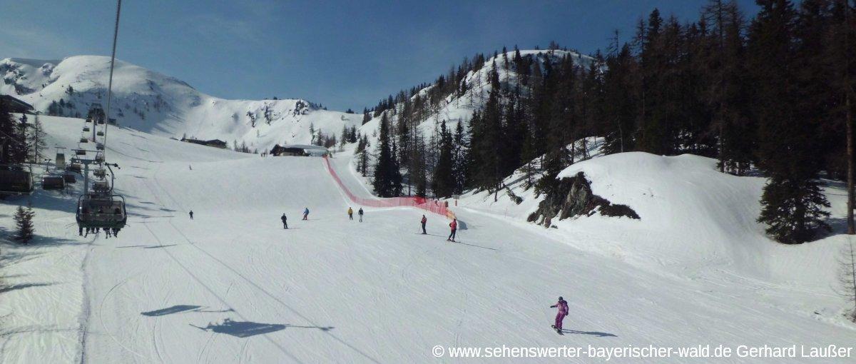 schladming-skigebiet-reiteralm-piste-snowboard-fahren-panorama-1200