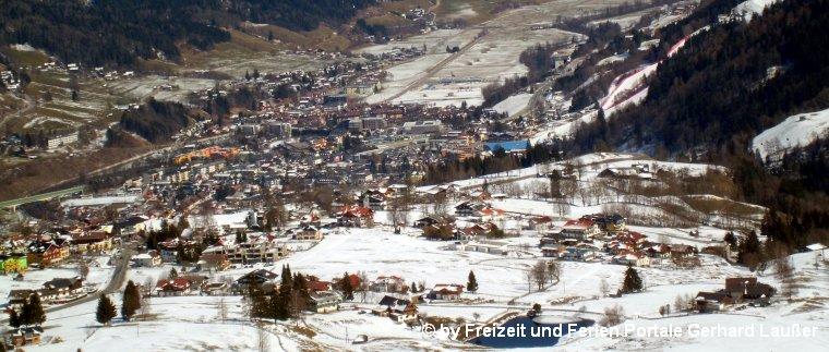 schladming-steiermark-sehenswuerdigkeiten-oesterreich-ortsansicht-panorama-760