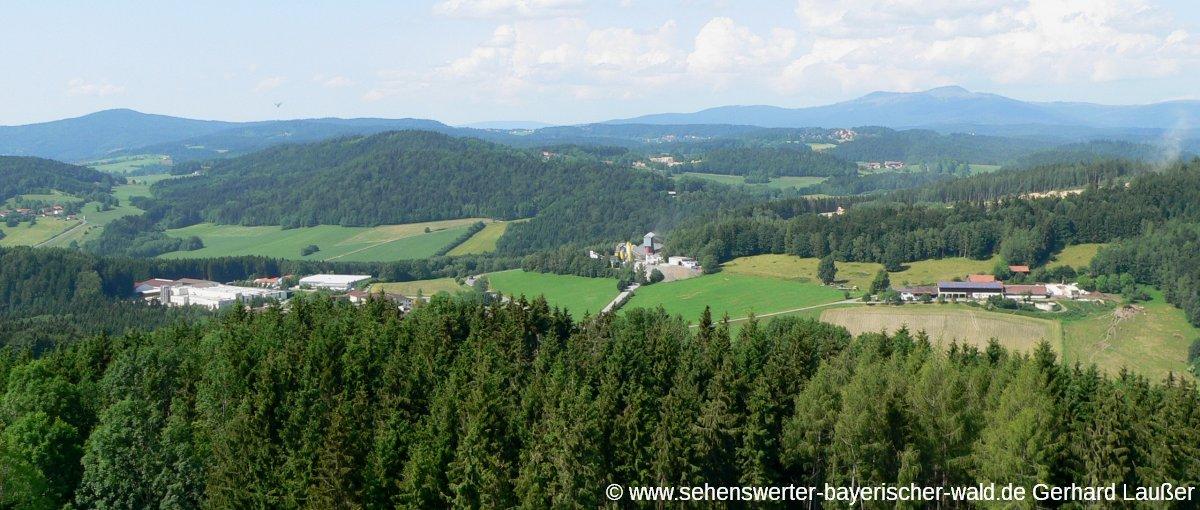 schönberg-hochseilgarten-aussichtsturm-landschaft-bayerischer-wald-panorama-1200