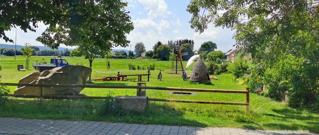 Kinder Freizeitangebote in Schönthal Ausflugsziel bei Cham