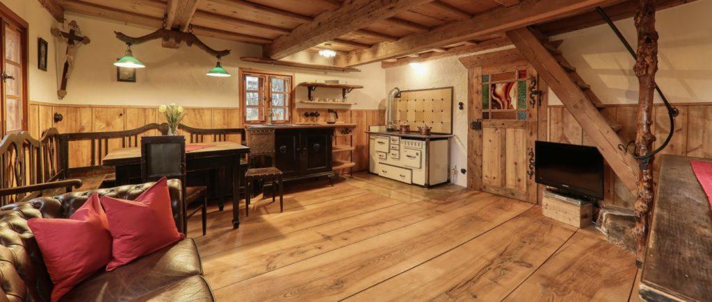 sellmayer-spiegelau-unterkunft-nationalpark-ferienhütten-wohnstube