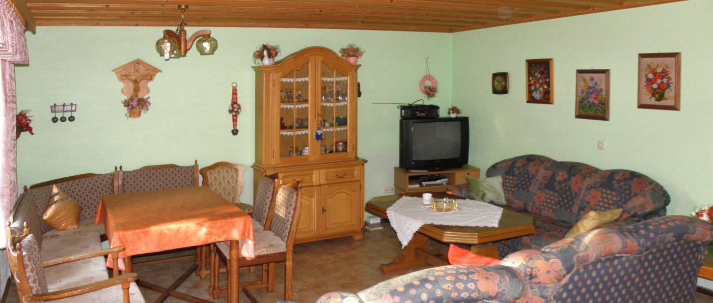 sieber-ferienwohnung-regensburg-bayerischer-wald-wohnzimmer