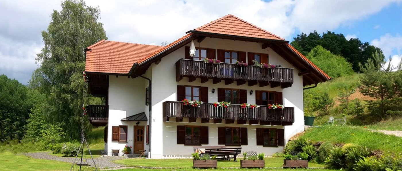 solleder-forellenhof-falkenstein-oberpfalz-ferienhaus-adlmühl