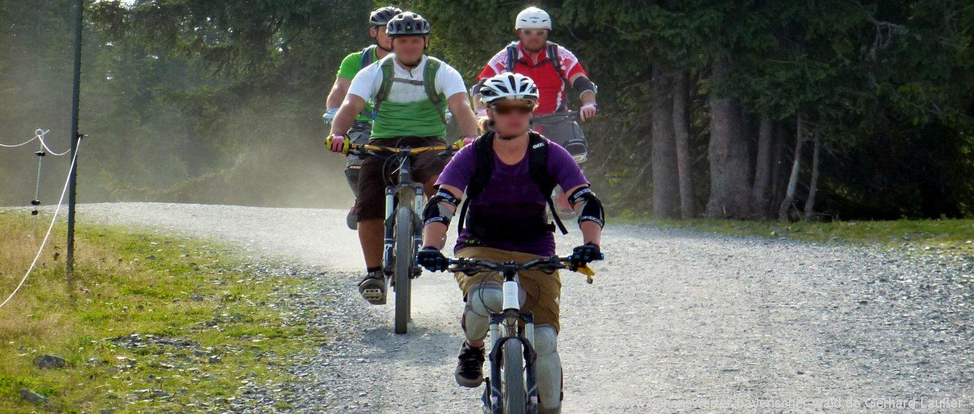 sporthotel-bayerischer-wald-aktivhotel-mountainbike-gruppe