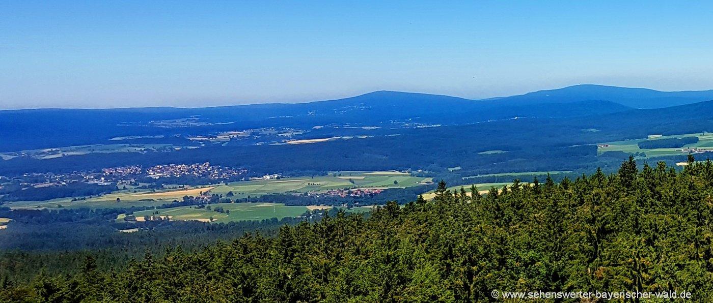 Aussichtsturm im Naturpark Steinwald Sehenswürdigkeiten
