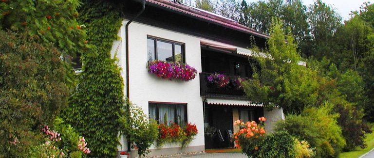 stocker-ferienwohnung-sattelpeilstein-bayerischer-wald-landurlau