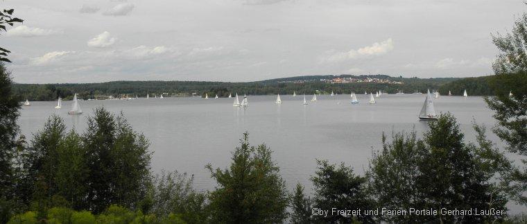 Surfen und Segeln in Niederbayern und der Oberpfalz Segelbootfahren Steinberger See