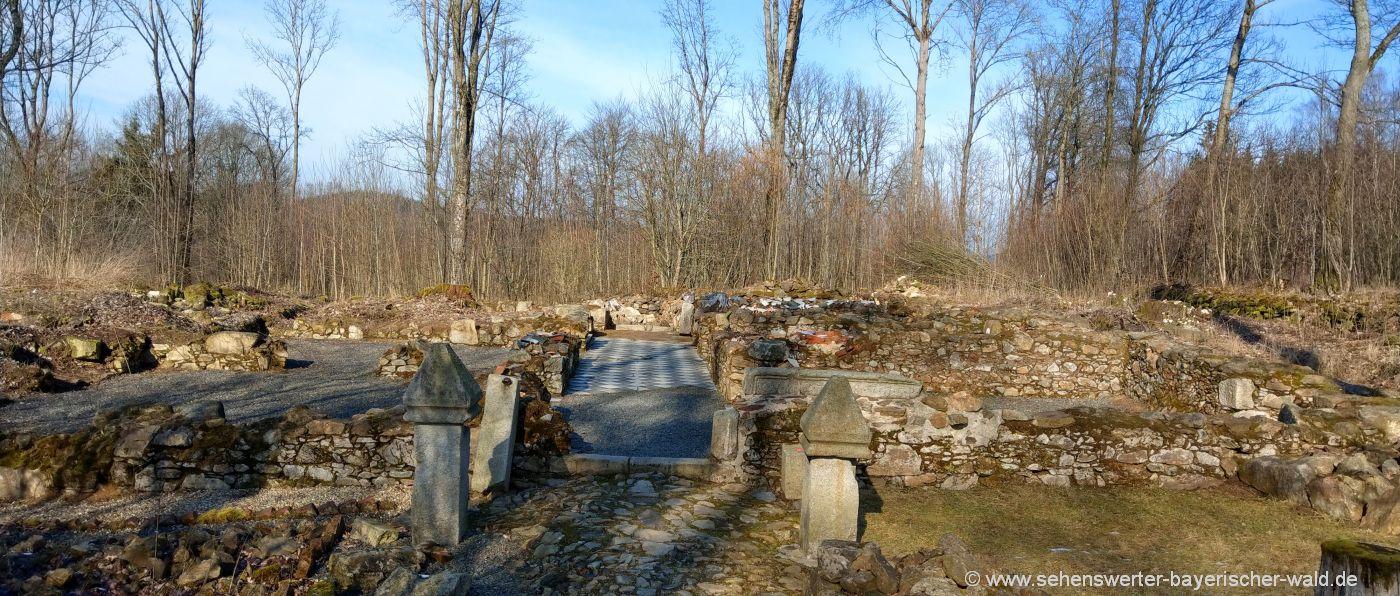 Ausgrabungsort Grafenried verlassene Ruinen & Mauerreste