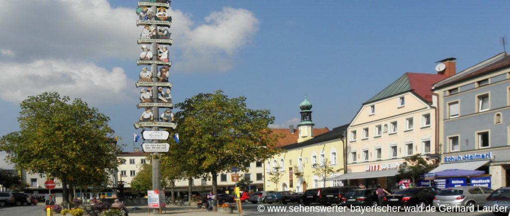 viechtach-stadtplatz-museum-gewoelbe-der-geheimnisse-panorama