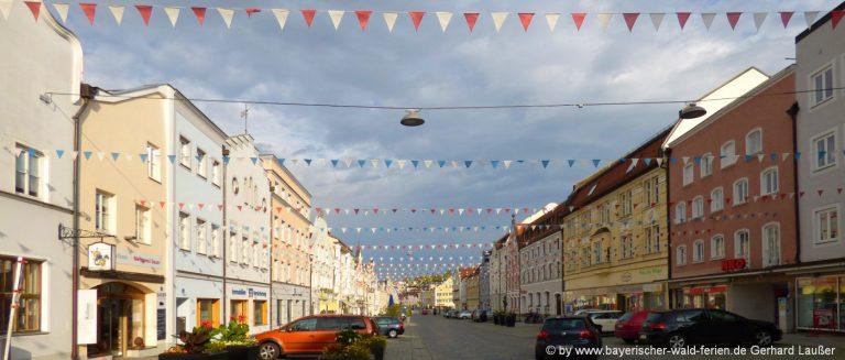 vilsbiburg-sehenswürdigkeiten-ausflugsziele-stadtplatz-freizeitaktivitäten