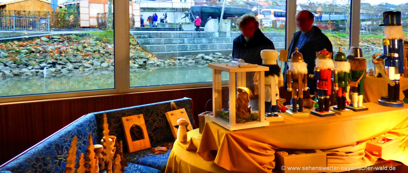 vilshofen-schwimmender-christkindlmarkt-am-schiff-weihnachtsmarkt