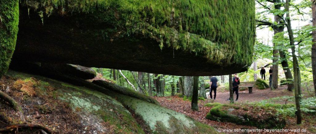 wald-pfaffenstein-felsenpark-wanderung-schlupfsteine-steintore