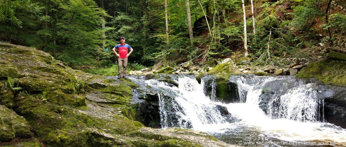 Bayerischer Wald Wandern Klamm und Wasserfall