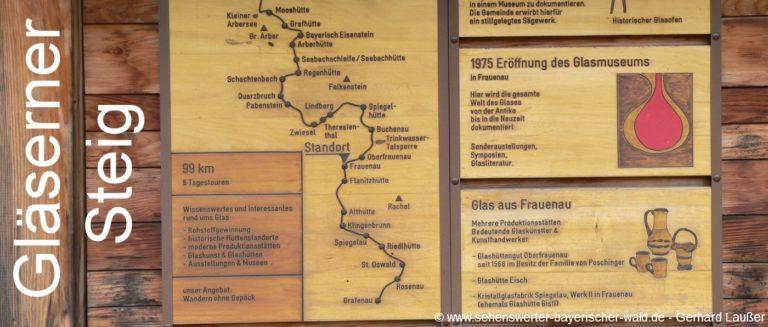 wanderweg-glaeserner-steig-hinweisschild-frauenau-glasstrasse-panorama-1400