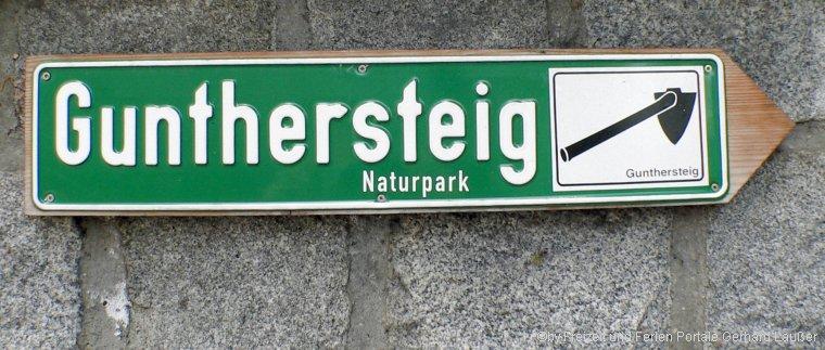 Hinweisschild Wanderweg Gunthersteig