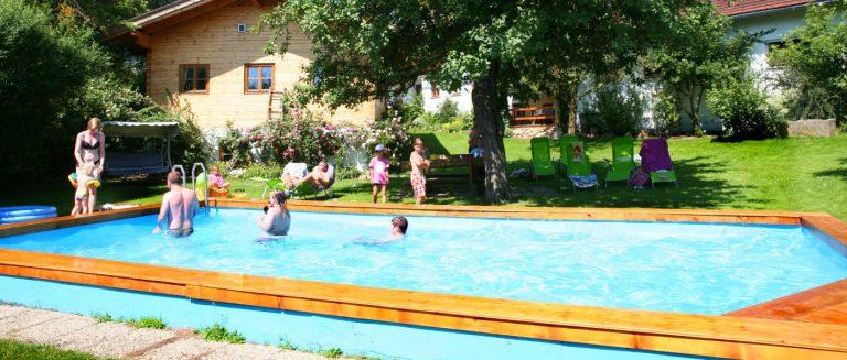 weidererhof-bayerischer-wald-bauernhof-swimming-pool