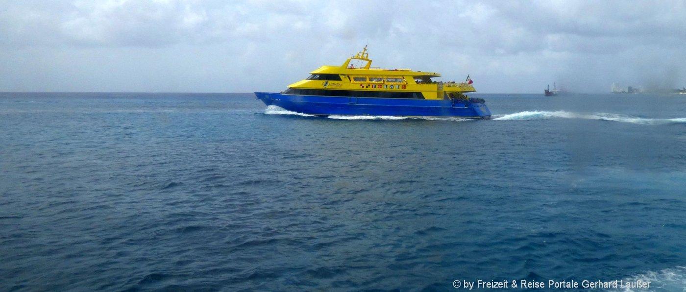 online-reservierung-fähren-ausflug-ischia-neapel-capri-boot