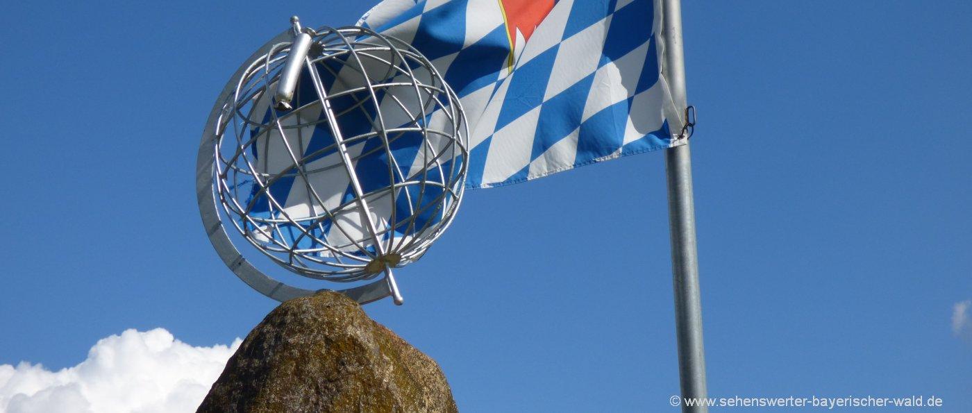 zwiesel-sehenswürdigkeiten-weisswurstaequator-ausflugsziele-denkmal